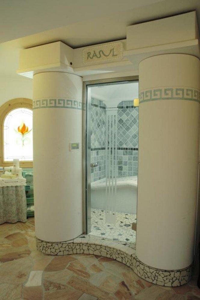 Offerte settimana bianca hotel belvedere paradise club center hotel fai della paganella - Bagno turco quante volte a settimana ...