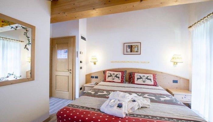 Hotel Villa Rosella Park & Wellness 2718