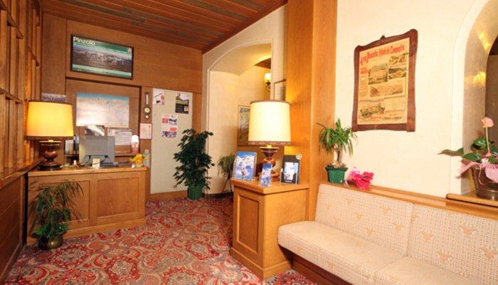 Hotel Pinzolo-Dolomiti 3372