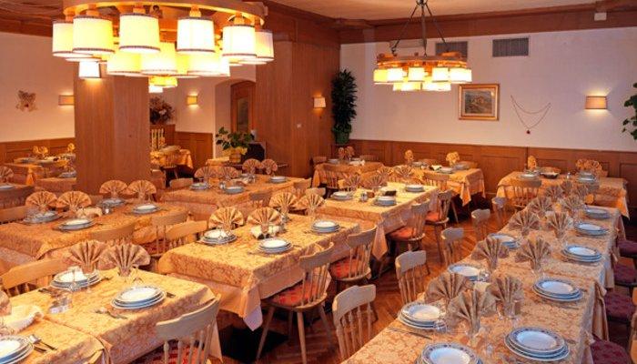 Hotel Pinzolo-Dolomiti 3380