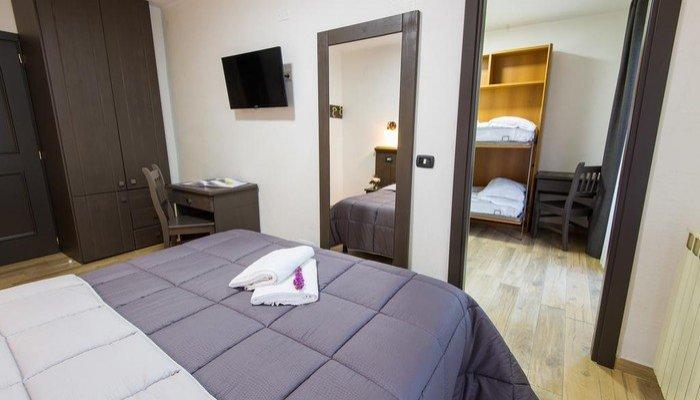 Hotel Iris 5348