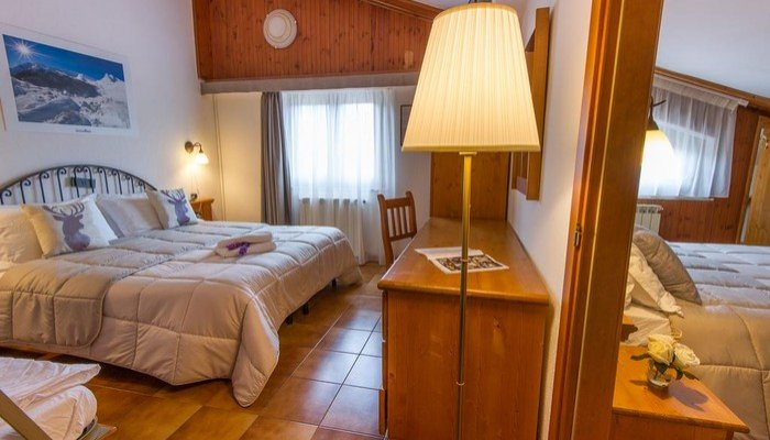 Hotel Iris 5358