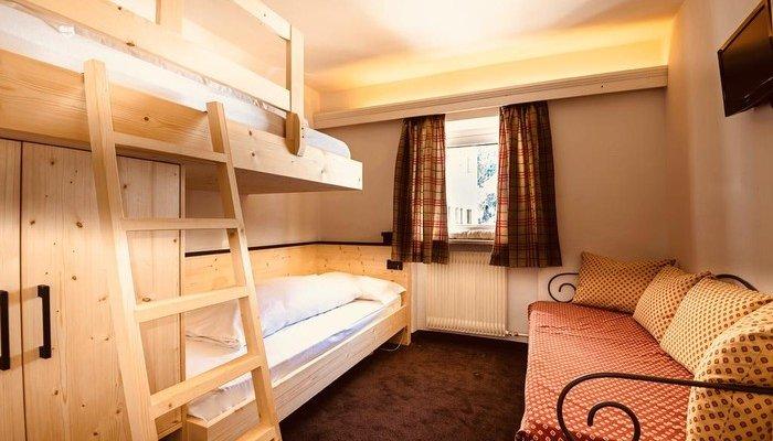 Hotel Cir 5599