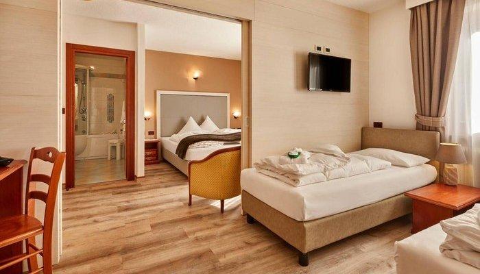 Hotel Astoria 5748