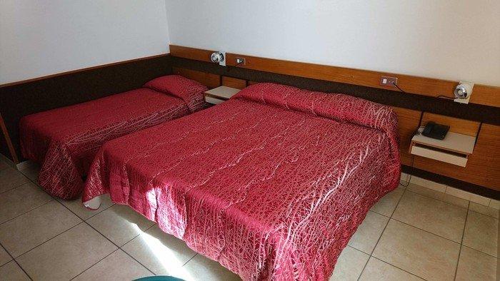 Hotel Holidays 5887