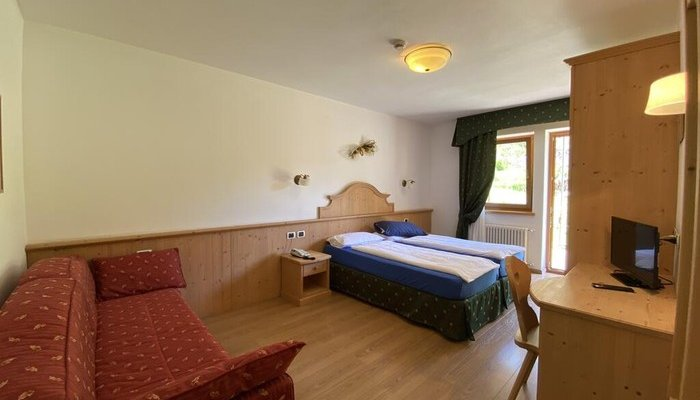Hotel Camoscio 5253